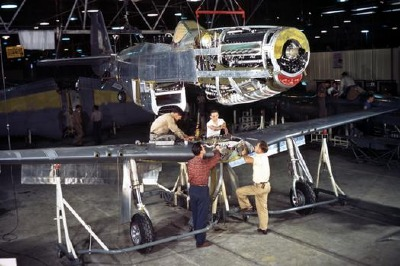 P-51D.Assembly_01_STP459.xl.jpg